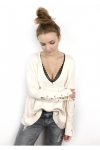 pull-cosy-col-v-profond-et-manches-lacees-ecru
