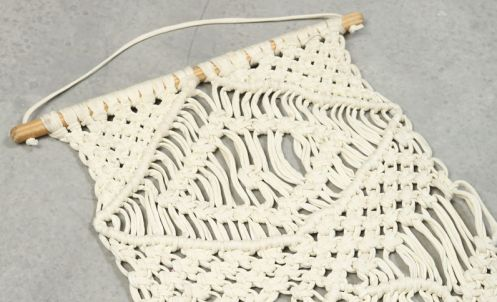 http://www.pimkie.be/fr/p/suspension-macrame-904618901A09.html