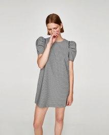 https://www.zara.com/be/fr/femme/robes/mini/robe-avec-manches-amples-c733886p4846637.html