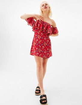 https://www.bershka.com/fr/femme/v%C3%AAtements/robes/robe-courte-%C3%A9paules-d%C3%A9nud%C3%A9es-imprim%C3%A9-fleurs-c1010193213p101097856.html?colorId=122