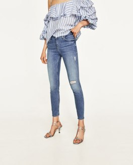 https://www.zara.com/be/fr/femme/jeans/tout-voir/the-skinny-viola-blue-c733918p4680584.html