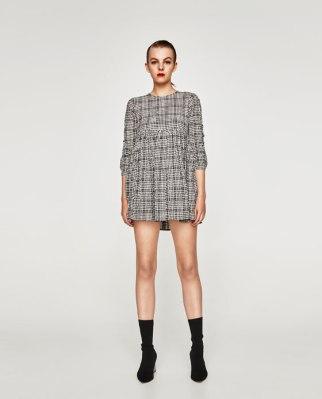https://www.zara.com/be/fr/femme/robes/mini/robe-chemise-%C3%A0-carreaux-c733886p4913102.html