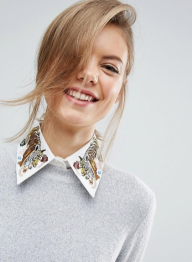 http://www.asos.fr/asos/asos-col-a-broderie-tigre/prd/7344670?clr=blanc&SearchQuery=broderie&pgesize=36&pge=5&totalstyles=621&gridsize=3&gridrow=6&gridcolumn=3