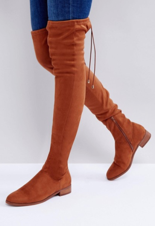 http://www.asos.fr/asos/asos-keep-up-cuissardes-a-talons-plats/prd/8458619?clr=marron&SearchQuery=bottes+cuissardes+femme&pgesize=36&pge=0&totalstyles=90&gridsize=3&gridrow=8&gridcolumn=1