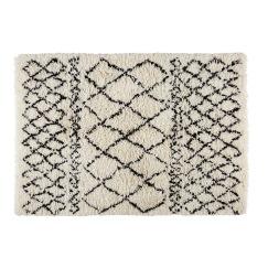 https://m.maisonsdumonde.com/BE/fr/produits/fiche/tapis-berbere-en-laine-et-coton-ecru-noir-140x200cm-mounia-169339.htm