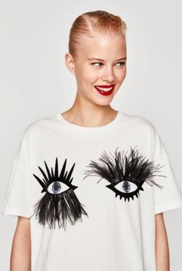 https://m.zara.com/be/fr/trf/t-shirts/manches-courtes/t-shirt-avec-yeux-et-cils-c0p4999526.html