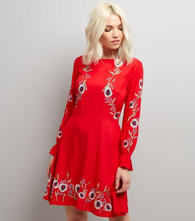http://www.newlook.com/uk/womens/clothing/dresses/petite-red-floral-embroidered-long-sleeve-skater-dress/p/524801569?comp=Browse