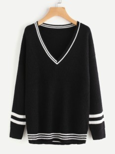 http://fr.shein.com/Varsity-Striped-Trim-Jumper-p-369238-cat-1734.html