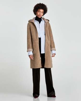 https://www.zara.com/be/fr/manteau-r%C3%A9versible-bimati%C3%A8re-p06318224.html?v1=4617624&v2=781036