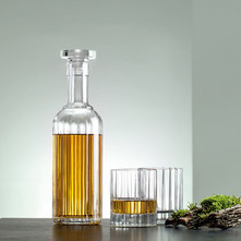 https://www.vente-exclusive.com/fr-BE/brita-jamie-oliver-cole-mason-qs20866#/d/4-verres-a-whisky-carafe-bach/4917851